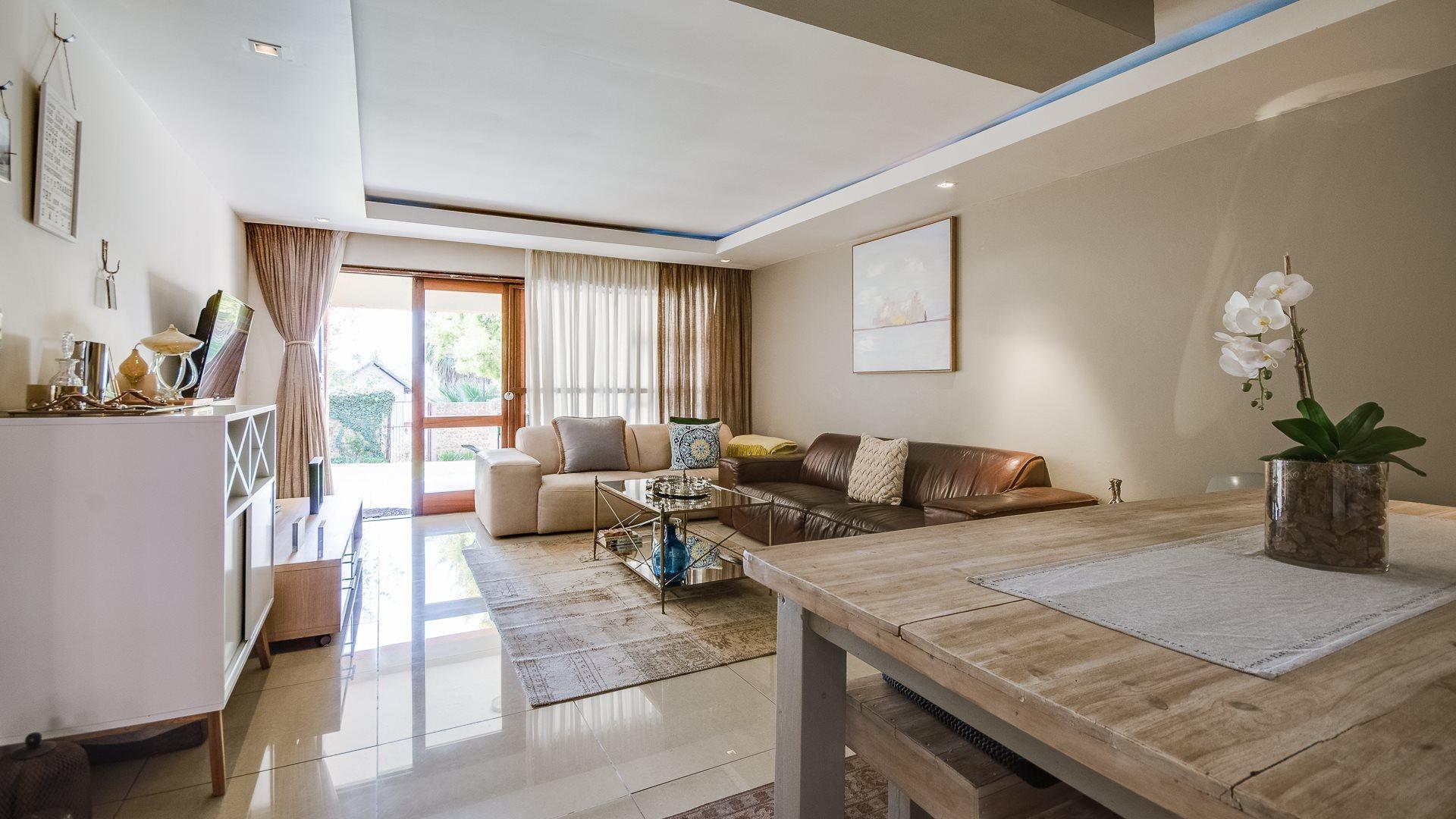 Johannesburg, Corlett Gardens Property  | Houses For Sale Corlett Gardens, Corlett Gardens, Apartment 2 bedrooms property for sale Price:1,050,000