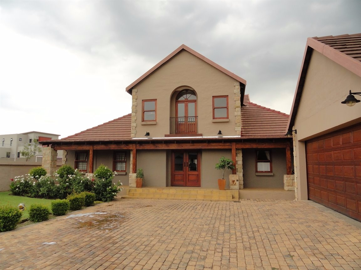 Silverwoods Country Estate property to rent. Ref No: 13550604. Picture no 1