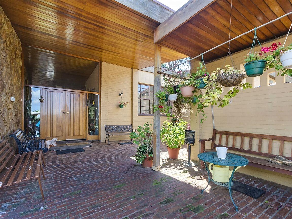 Houghton Estate property for sale. Ref No: 13434554. Picture no 4