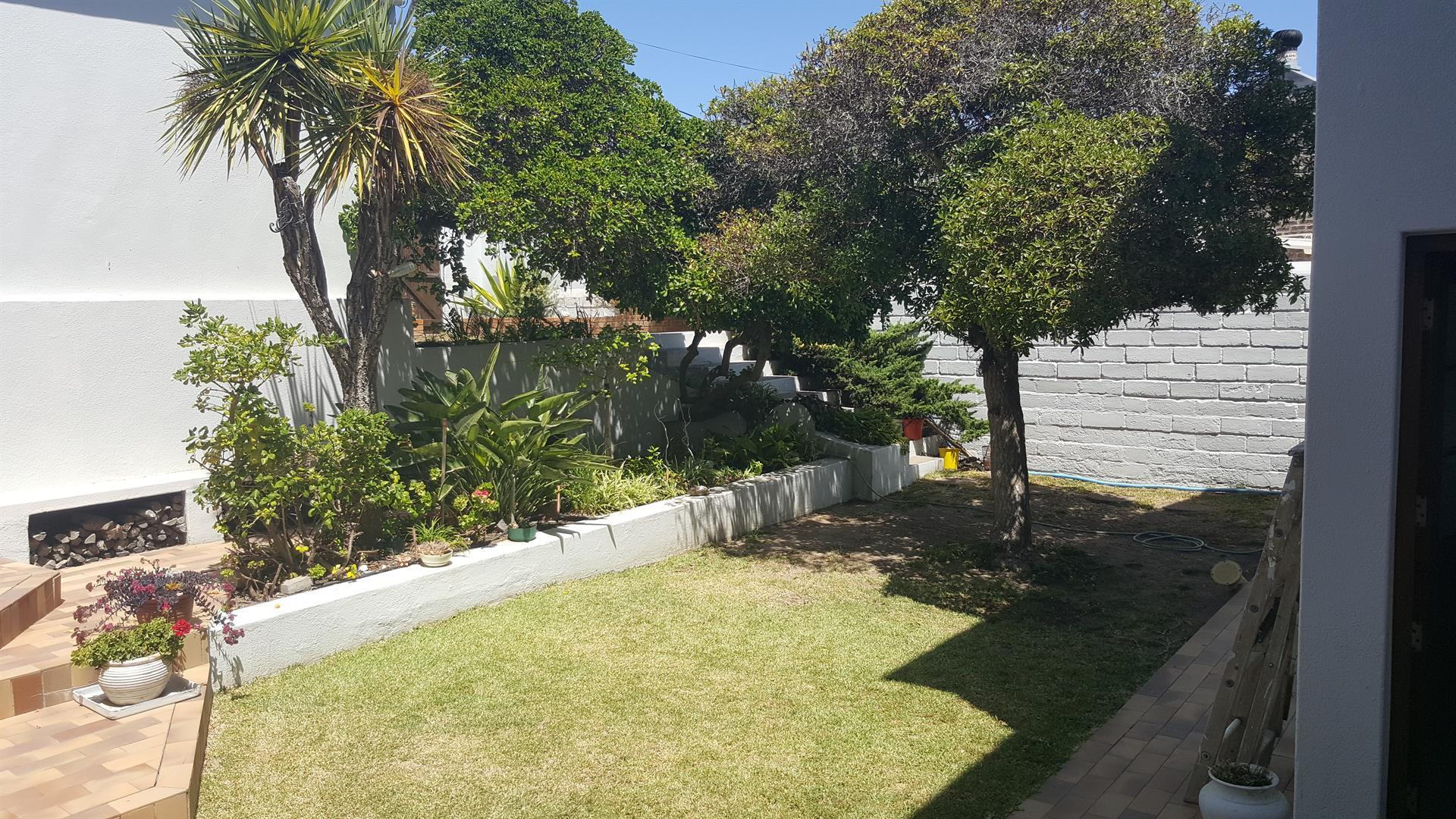 Yzerfontein property for sale. Ref No: 13454155. Picture no 36