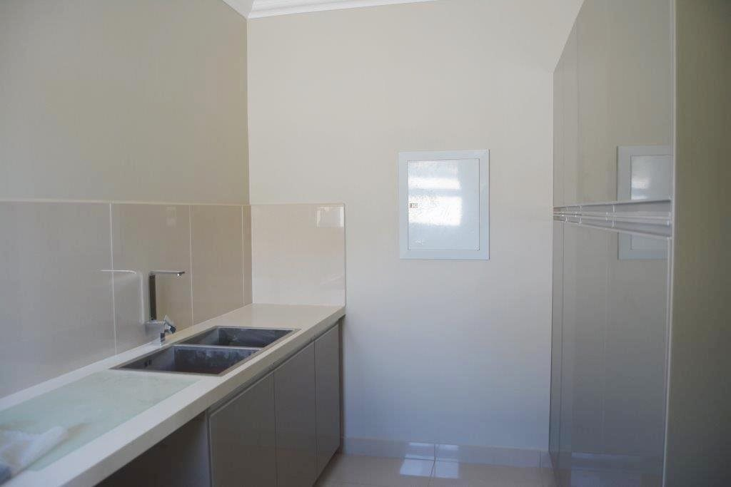 Shelly Beach property for sale. Ref No: 13324380. Picture no 9