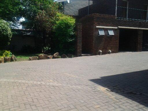 Vereeniging property for sale. Ref No: 12765246. Picture no 7