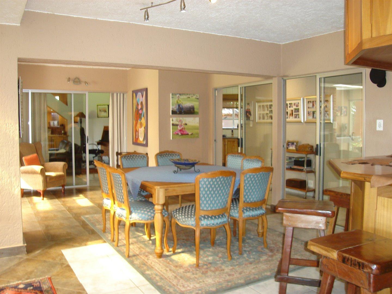 Eldoraigne property for sale. Ref No: 13494397. Picture no 6