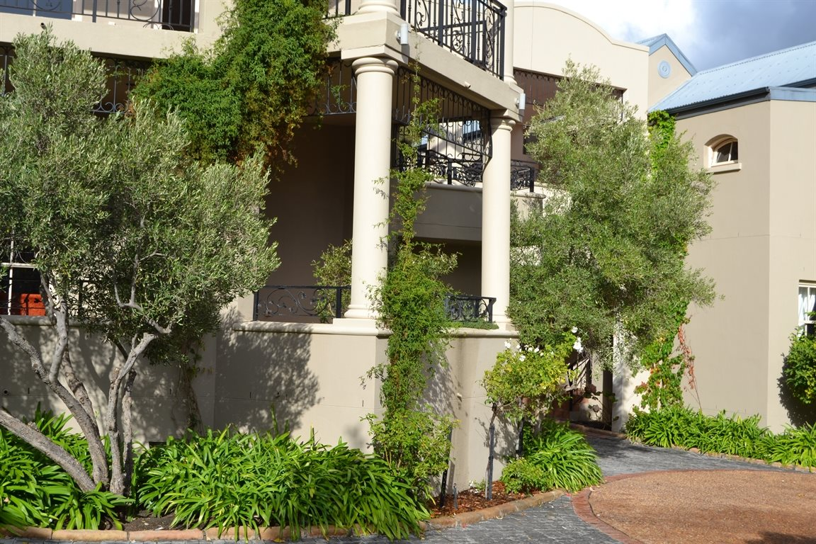 Franschhoek property for sale. Ref No: 12794680. Picture no 2