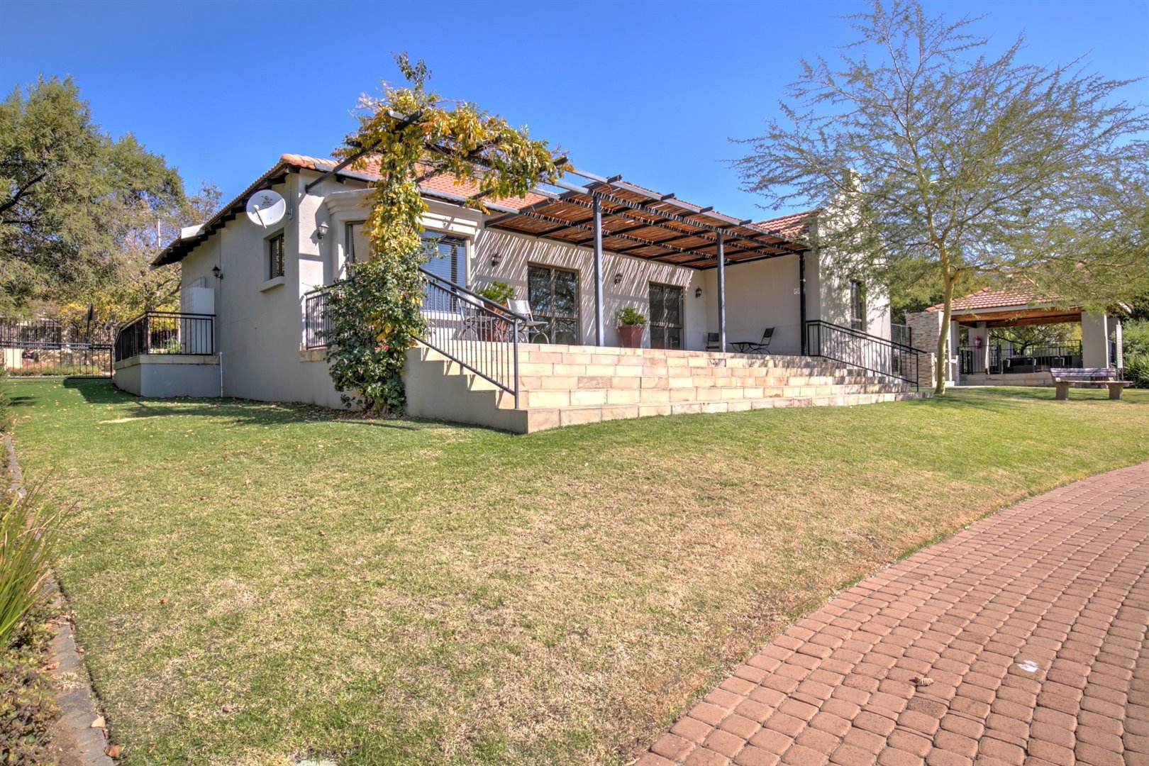 Fourways property for sale. Ref No: 13511211. Picture no 18