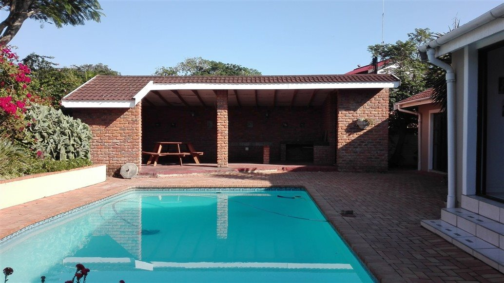 Property and Houses for sale in Umtentweni, House, 5 Bedrooms - ZAR 3,800,000