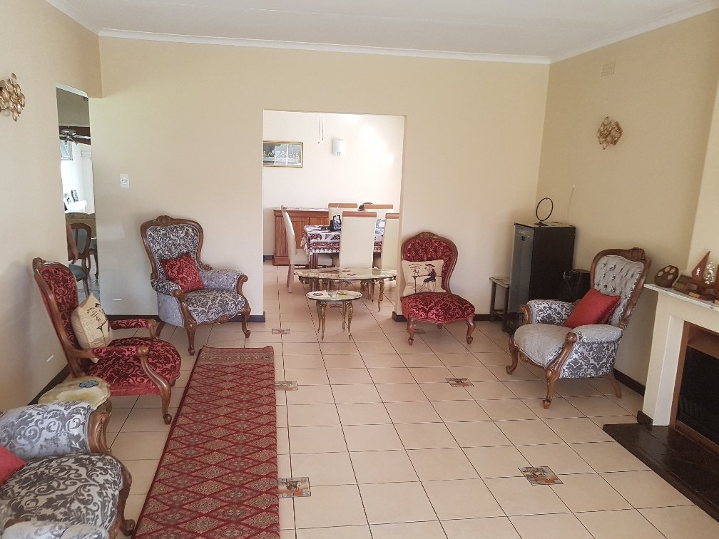 Ferndale property for sale. Ref No: 13622747. Picture no 9