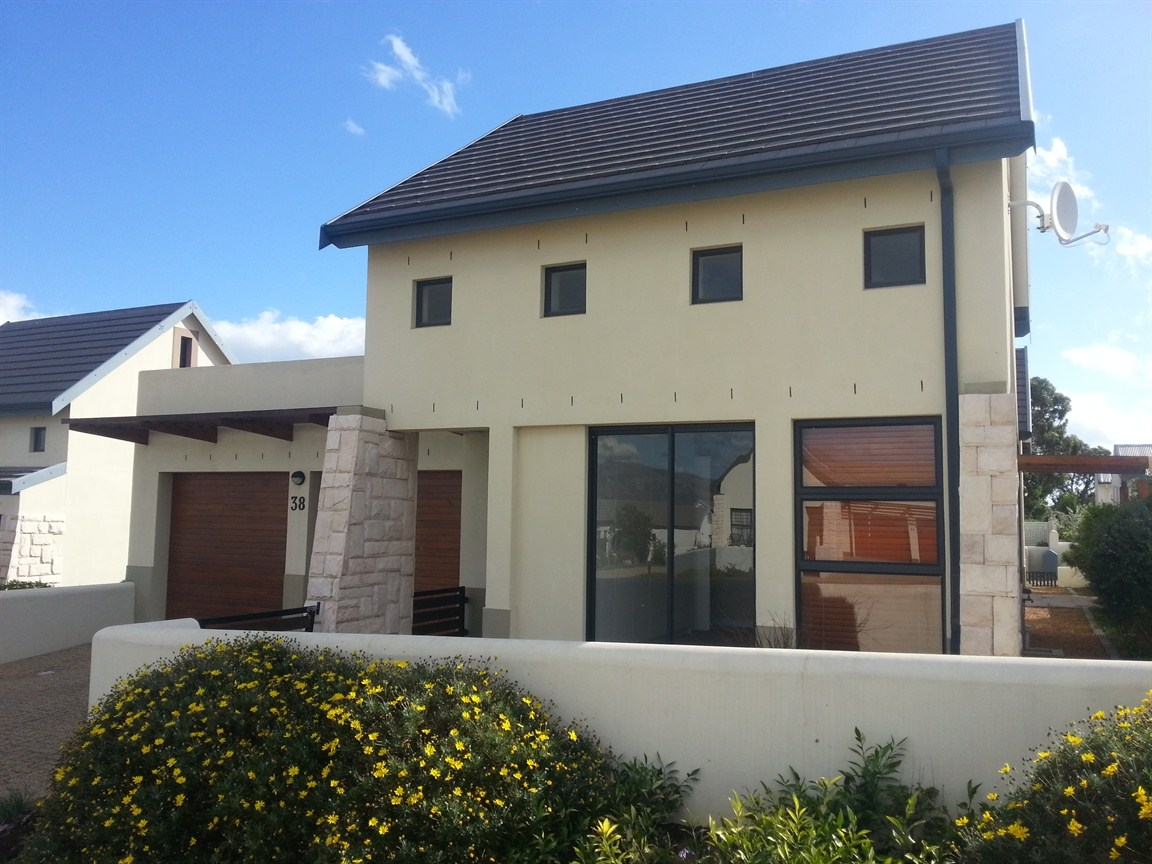 Somerset West, Somerset West Property  | Houses To Rent Somerset West, Somerset West, House 3 bedrooms property to rent Price:, 11,00*