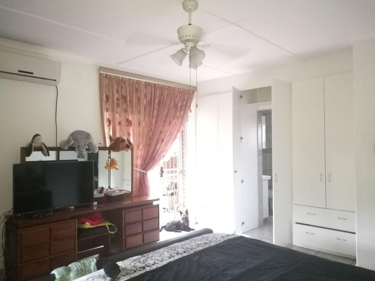 Veld En Vlei property for sale. Ref No: 13591933. Picture no 12