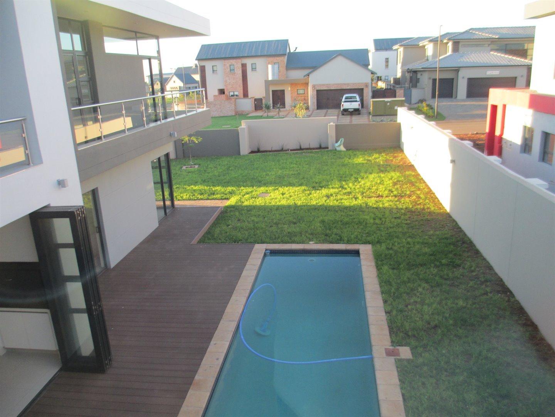 Midstream Ridge Estate property for sale. Ref No: 13479529. Picture no 12