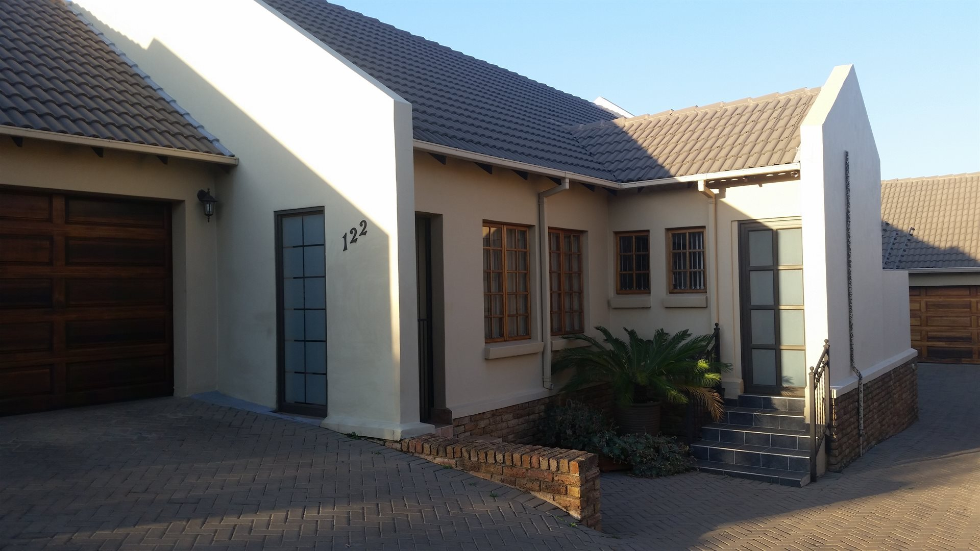 Centurion, Thatchfield Property  | Houses For Sale Thatchfield, Thatchfield, House 3 bedrooms property for sale Price:1,640,000