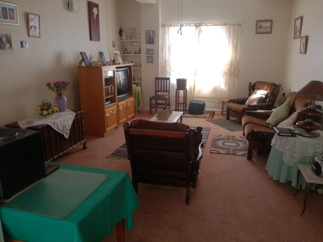 Property for Sale by DLC INC. ATTORNEYS Henry Sutherland, Apartment, 1 Bedrooms - ZAR 350,000