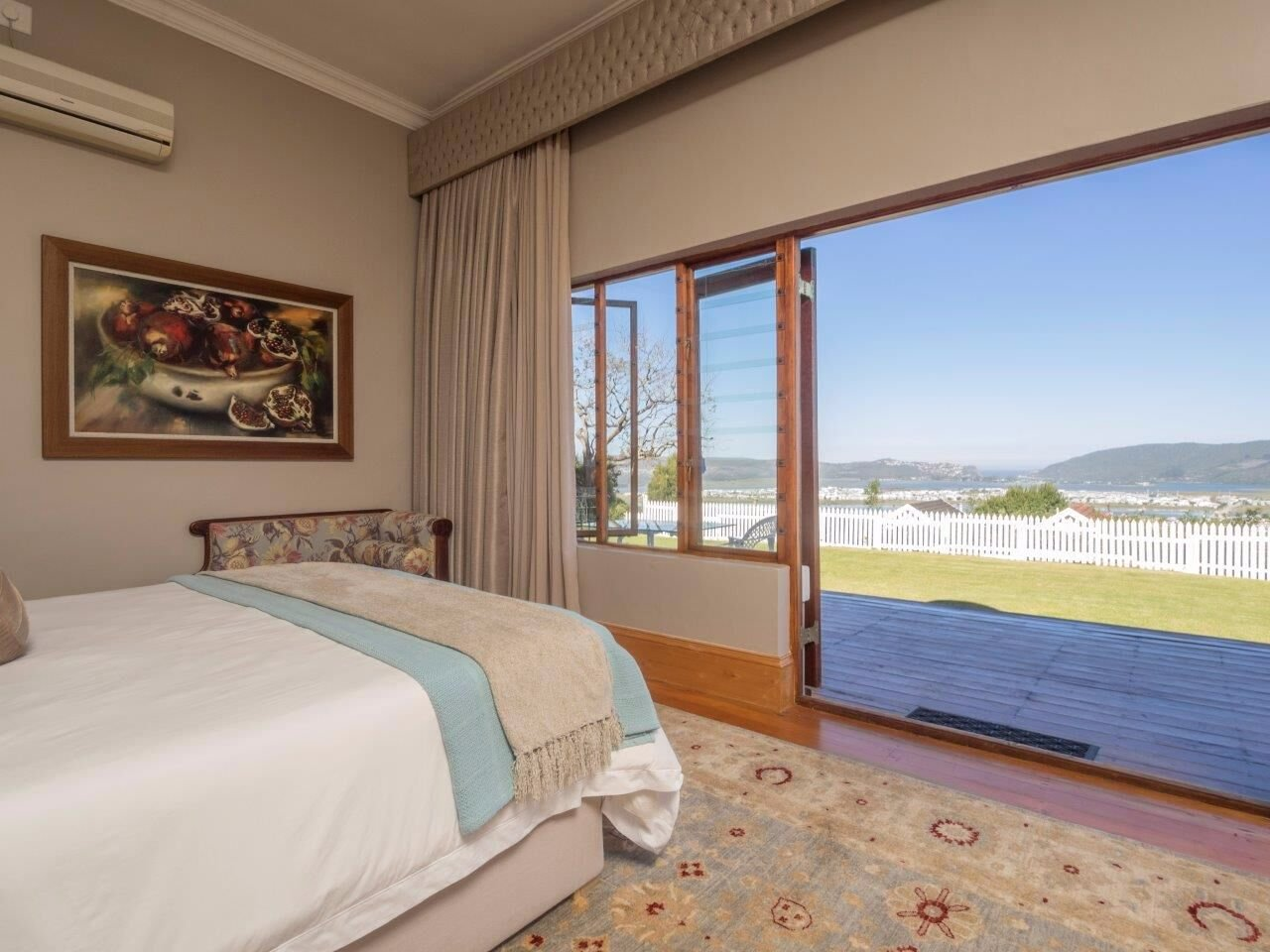 Knysna Central for sale property. Ref No: 13564723. Picture no 17