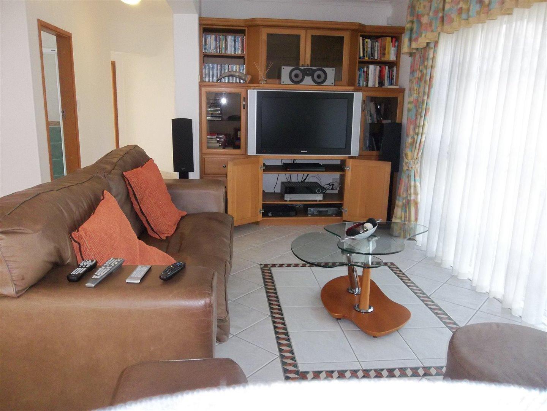 Widenham property for sale. Ref No: 13473788. Picture no 7