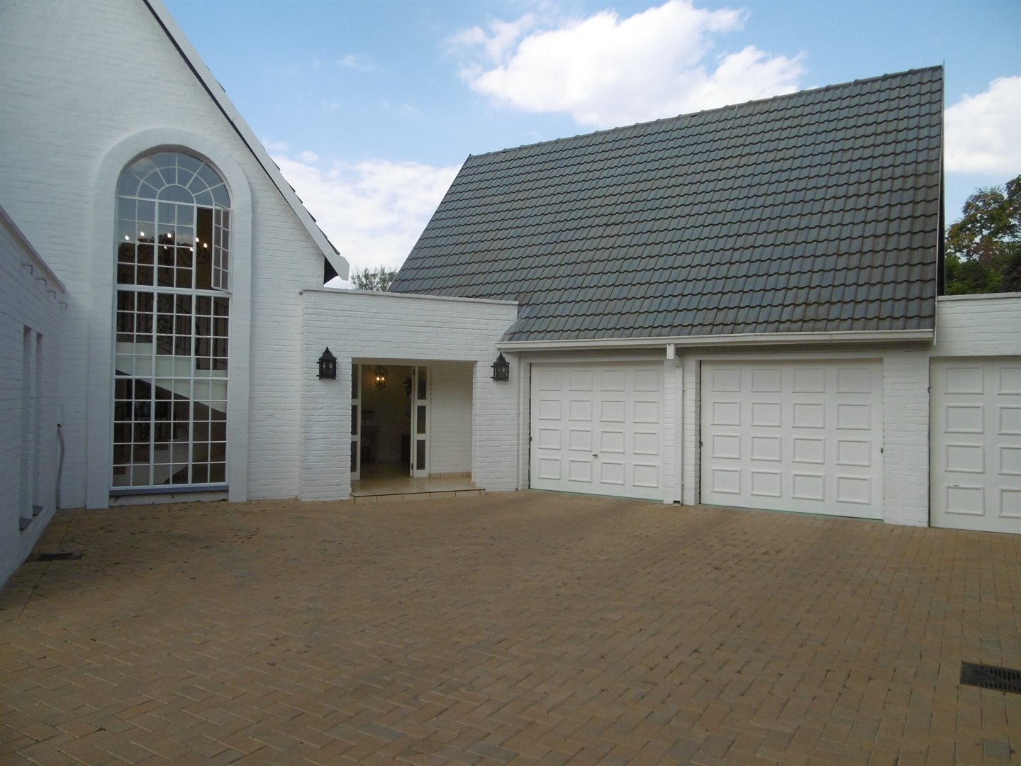 Bryanston & Ext property for sale. Ref No: 13482413. Picture no 6