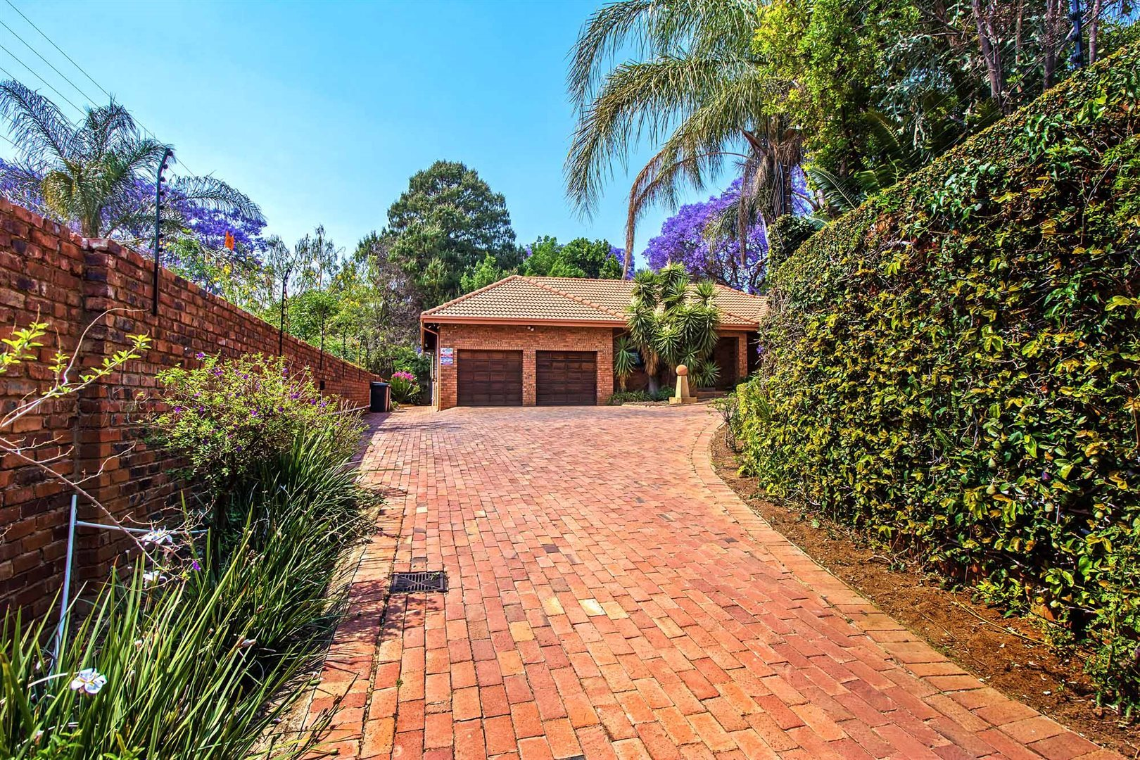 Waterkloof Heights property for sale. Ref No: 13538019. Picture no 25