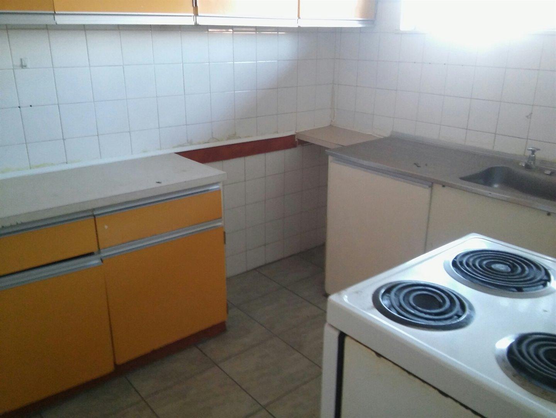Vanderbijlpark Ce 2 property for sale. Ref No: 13500745. Picture no 4