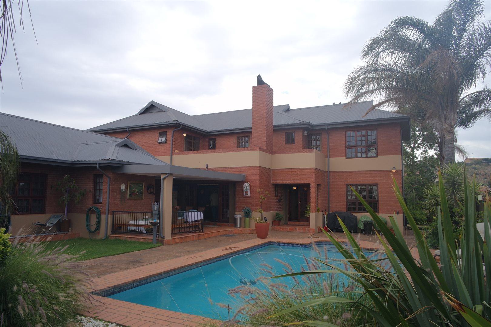 Krugersdorp, Noordheuwel Property  | Houses For Sale Noordheuwel, Noordheuwel, House 5 bedrooms property for sale Price:2,900,000