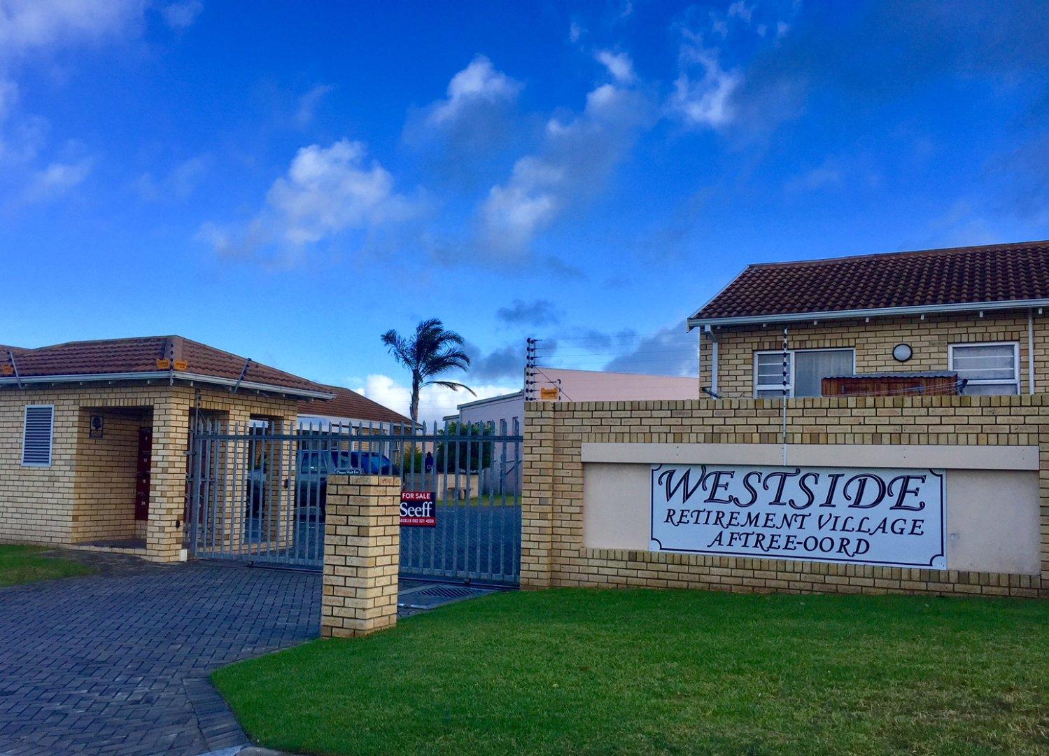 Port Elizabeth, Kabega Property    Houses For Sale Kabega, Kabega, Townhouse 1 bedrooms property for sale Price:599,000