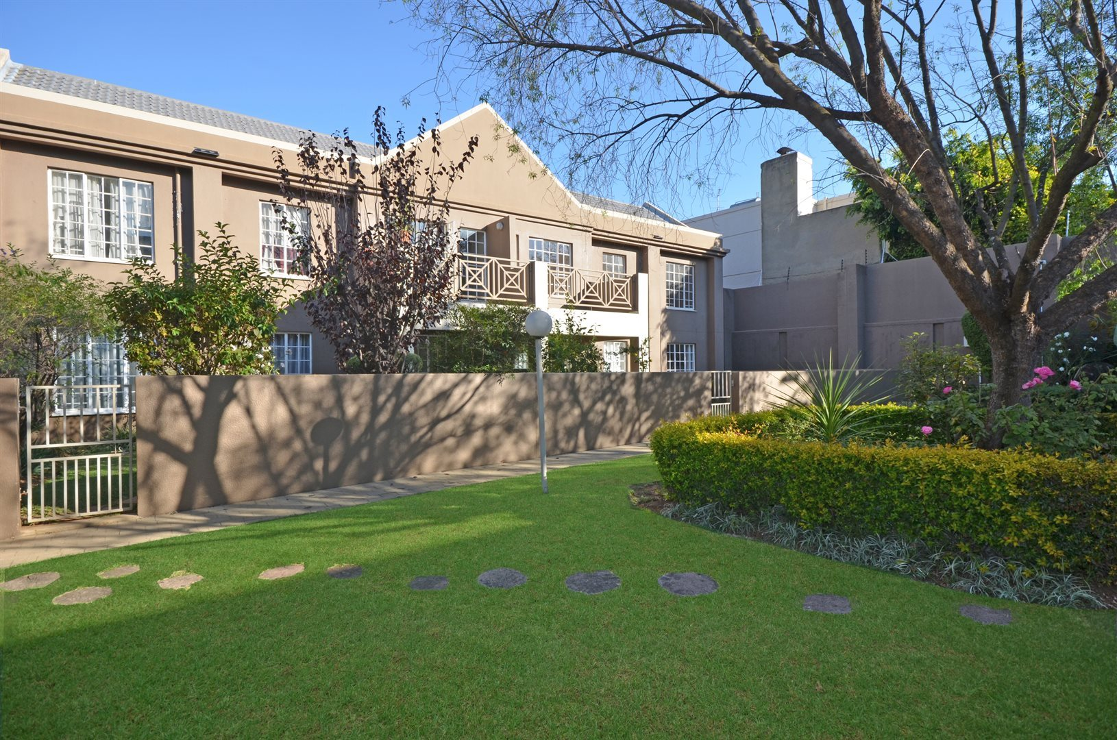 Johannesburg, Melrose North Property  | Houses For Sale Melrose North, Melrose North, Apartment 2 bedrooms property for sale Price:1,499,000
