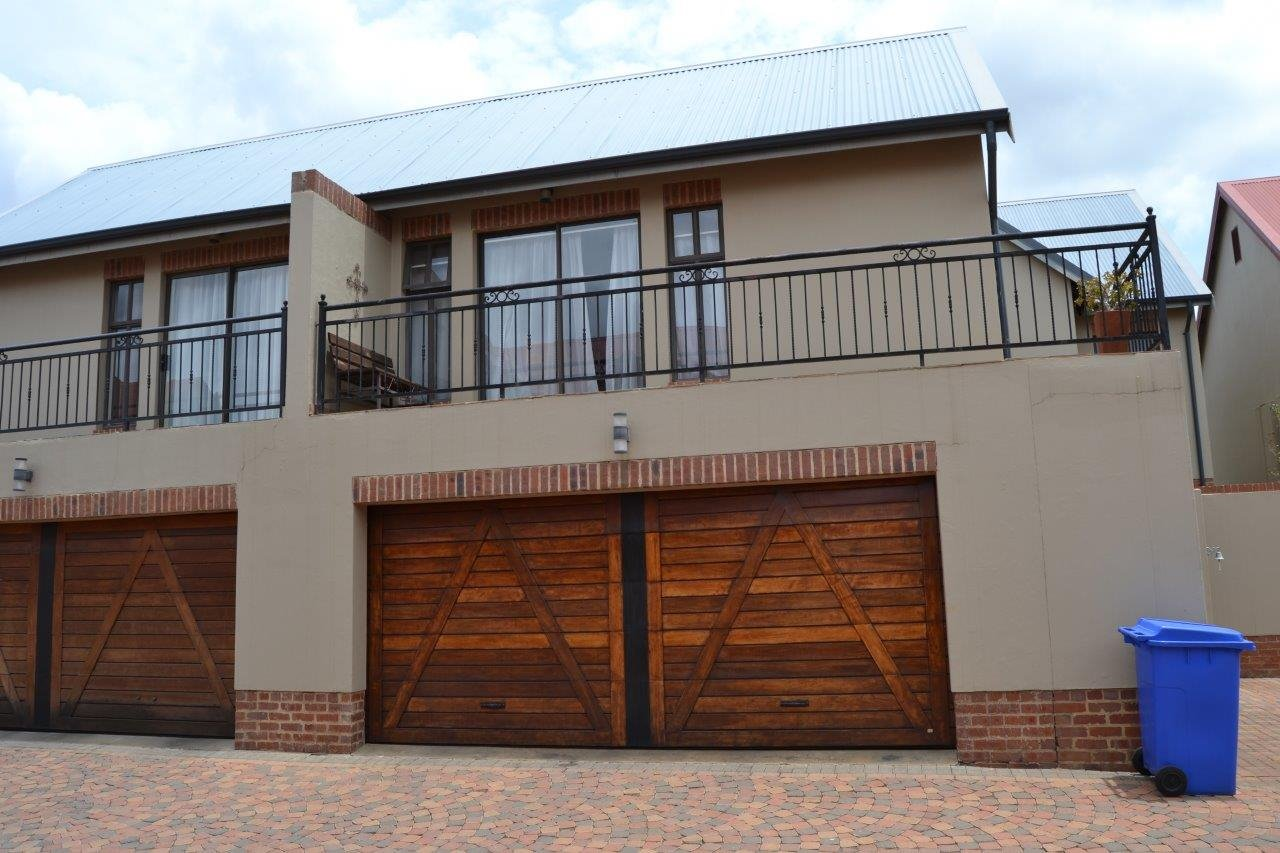 Centurion, Heritage Hill Property  | Houses For Sale Heritage Hill, Heritage Hill, Townhouse 4 bedrooms property for sale Price:2,498,000
