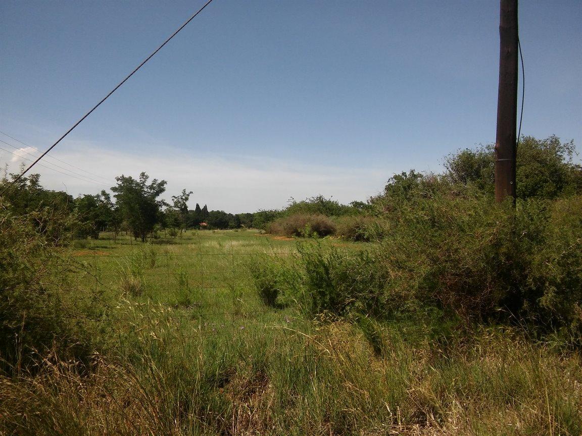 Risiville property for sale. Ref No: 13419603. Picture no 5