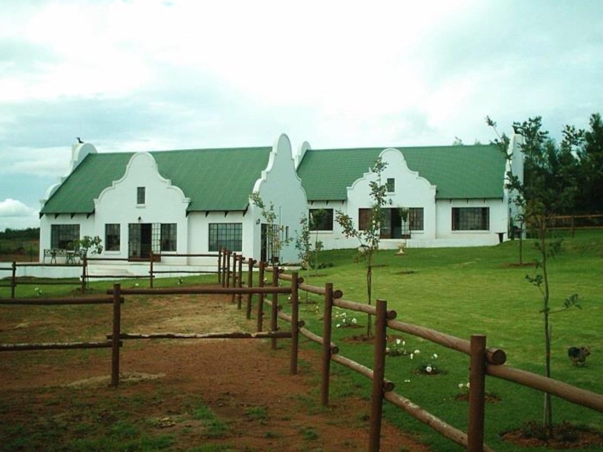 Property and Houses for sale in Grootfontein Country Estates, House, 4 Bedrooms - ZAR 999,999,999