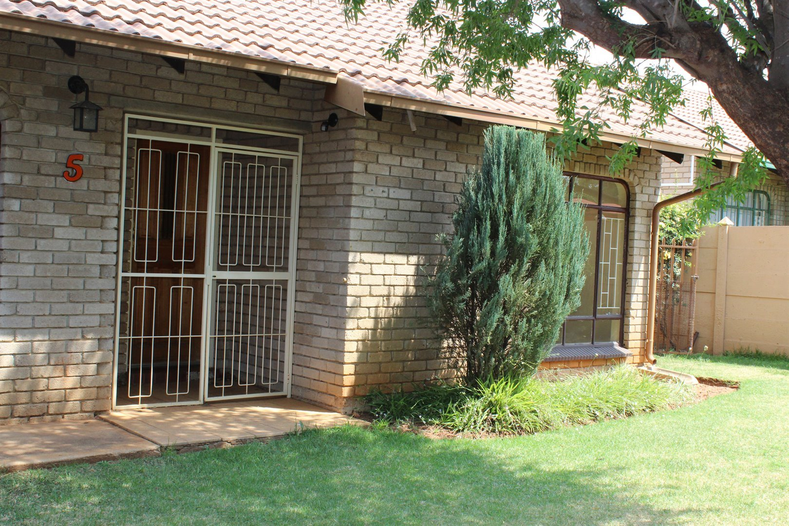Potchefstroom, Dassie Rand Property  | Houses To Rent Dassie Rand, Dassie Rand, Townhouse 2 bedrooms property to rent Price:,  6,00*
