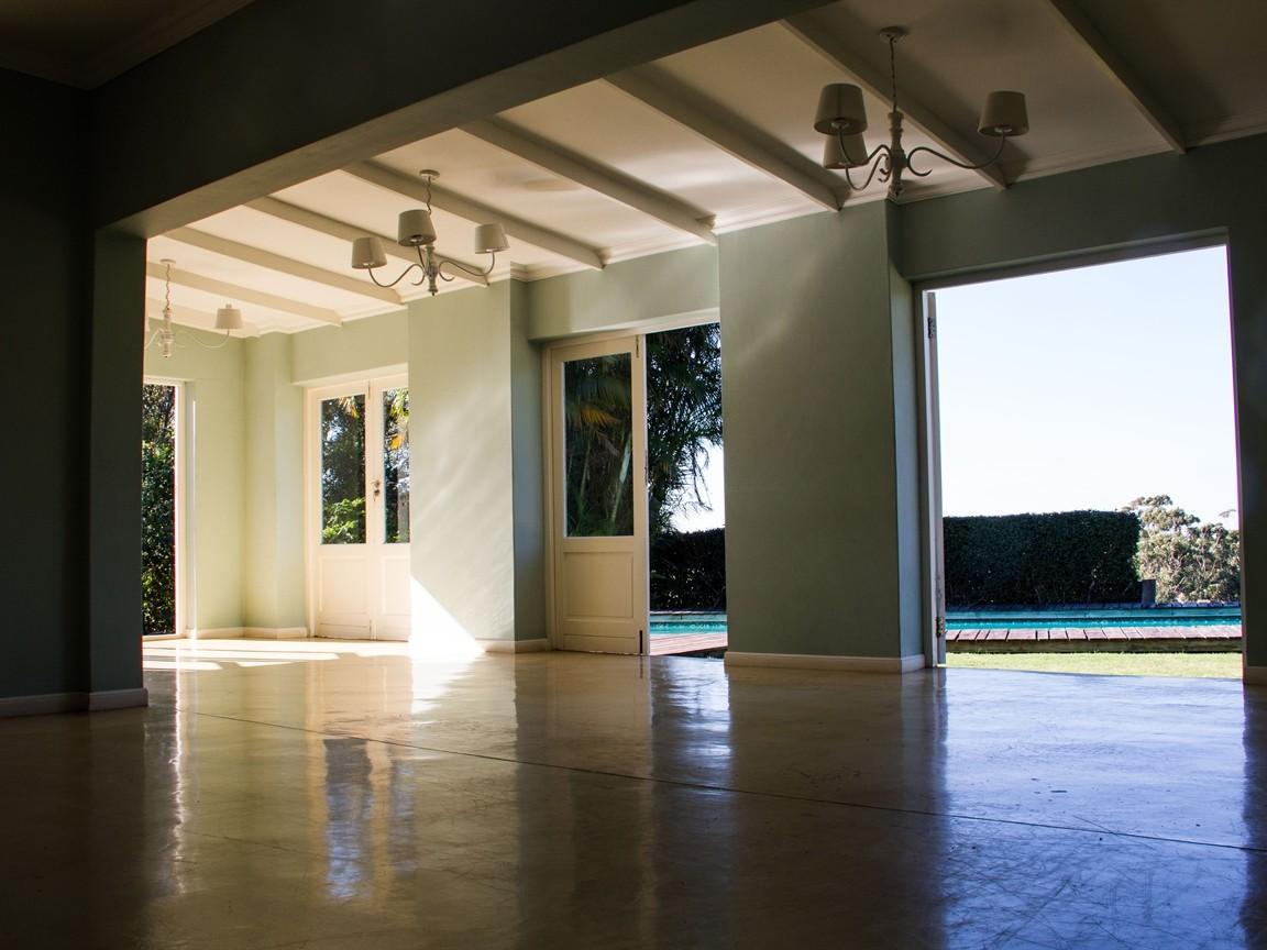 Widenham property for sale. Ref No: 13493005. Picture no 9