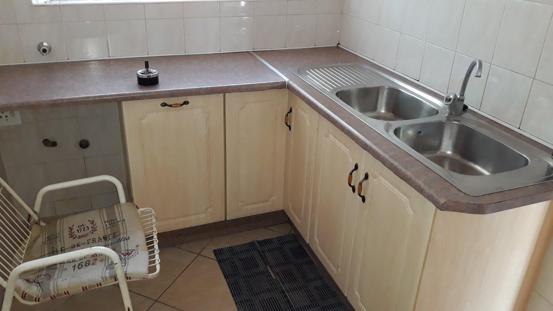 Culemborg Park property for sale. Ref No: 13622966. Picture no 8