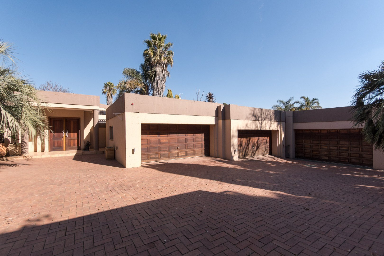 Property for Sale by Amy Pepler, House, 6 Bedrooms - ZAR 8,200,000