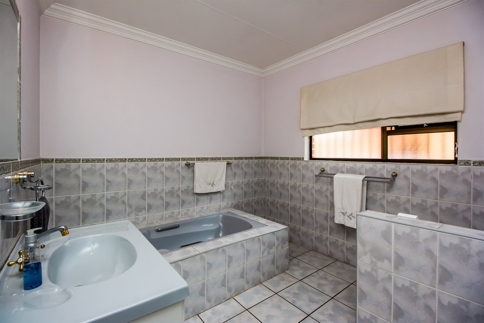 Waterkloof Heights property for sale. Ref No: 13538019. Picture no 19