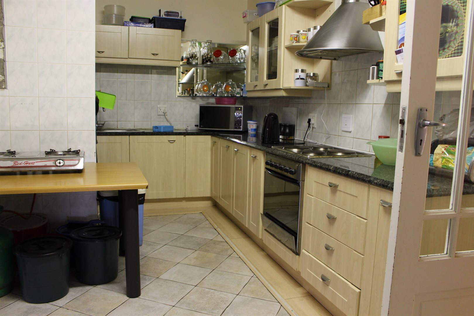 Laudium property for sale. Ref No: 13521418. Picture no 11