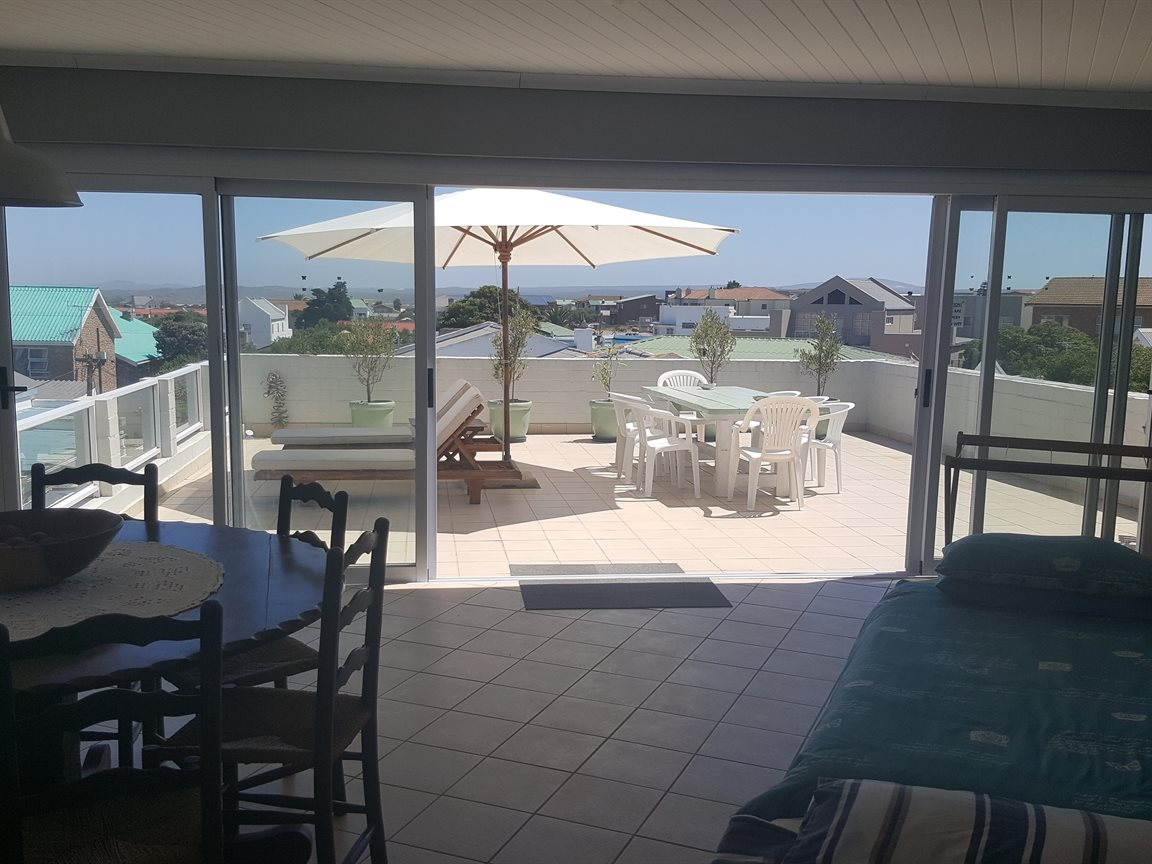 Yzerfontein property for sale. Ref No: 13425267. Picture no 8