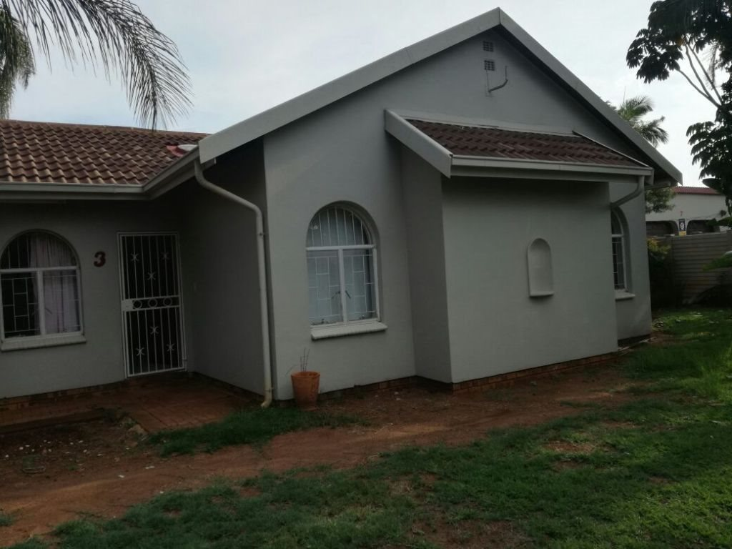 Property and Houses for sale in Karenpark, House, 3 Bedrooms - ZAR 1,165,000