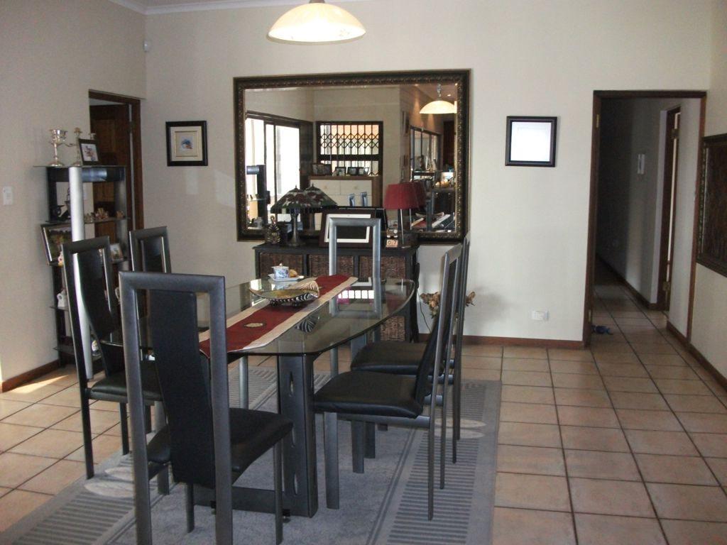 Irene Glen Estate property for sale. Ref No: 12758786. Picture no 15