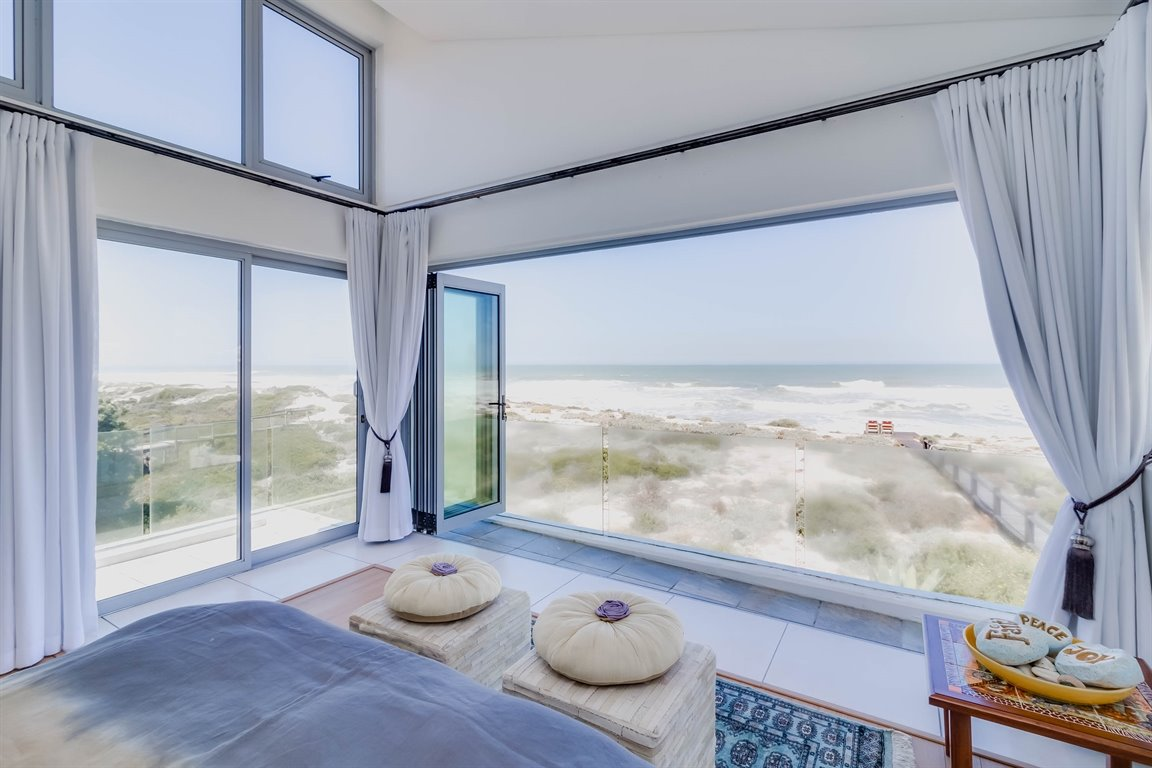 Yzerfontein property for sale. Ref No: 13437276. Picture no 10