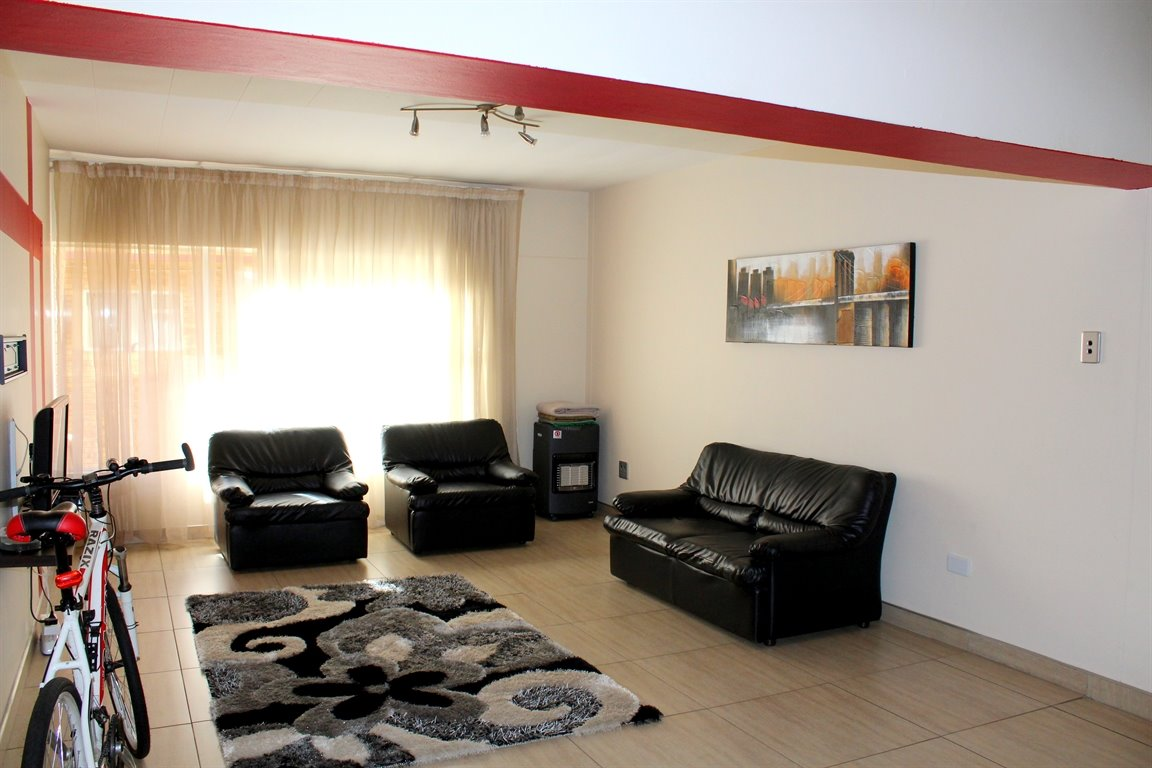 Potchefstroom Central property for sale. Ref No: 13394154. Picture no 5
