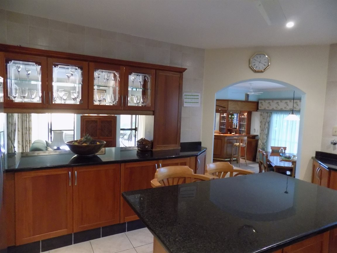Pennington property for sale. Ref No: 12786090. Picture no 2
