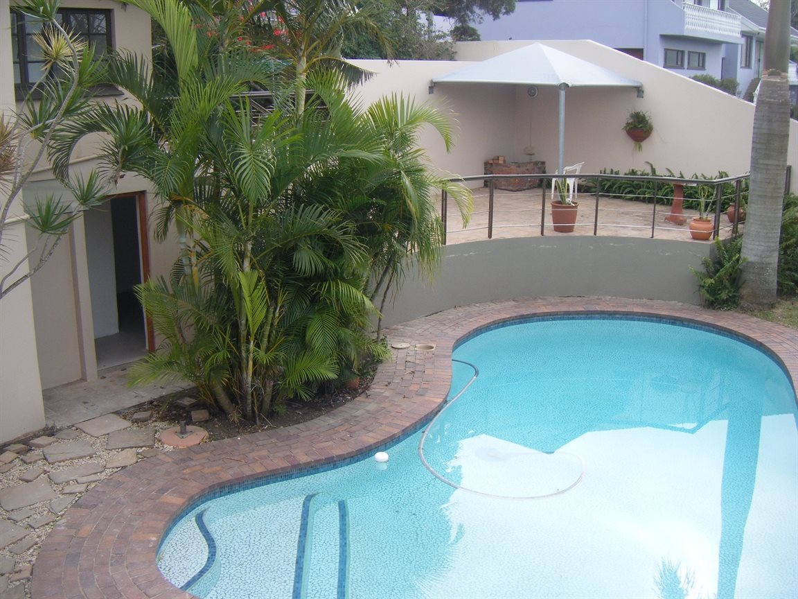 Beacon Bay property for sale. Ref No: 12799080. Picture no 13