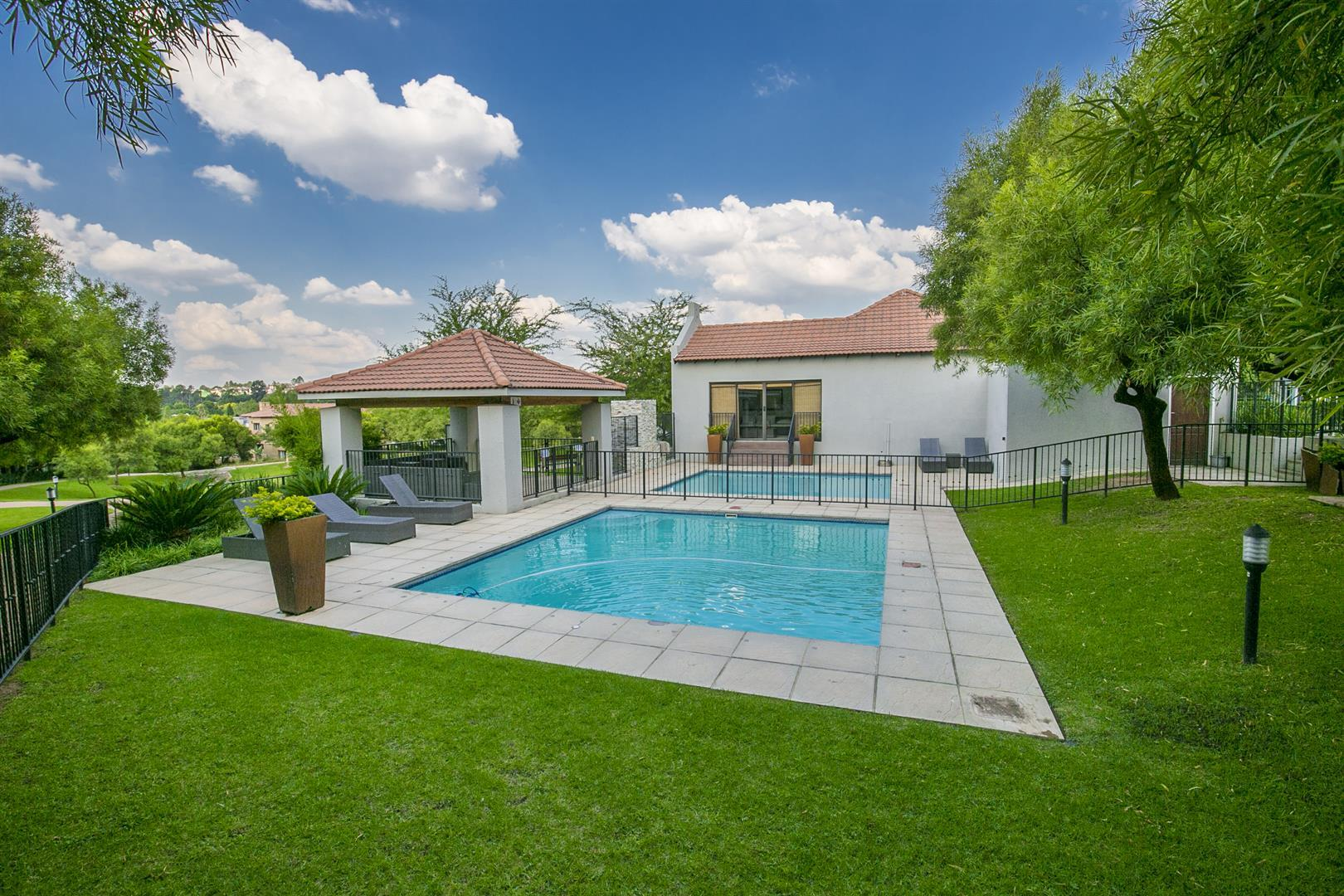 Fourways property for sale. Ref No: 13458374. Picture no 26