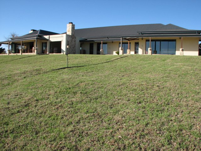 Property and Houses for sale in Stellenbosch Farms, Farms, 4 Bedrooms - ZAR 15,500,000