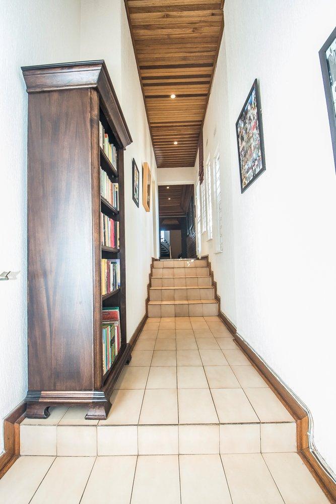 Glenvista property for sale. Ref No: 13500218. Picture no 9