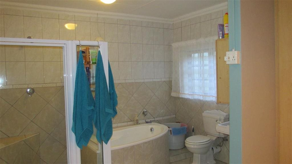 Ramsgate property for sale. Ref No: 13371292. Picture no 10