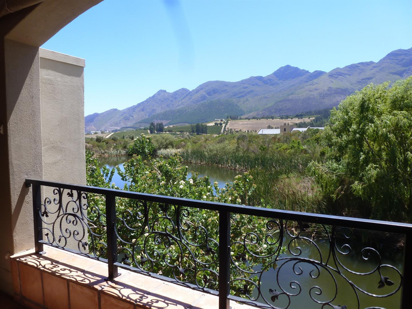 Franschhoek property for sale. Ref No: 13339232. Picture no 8