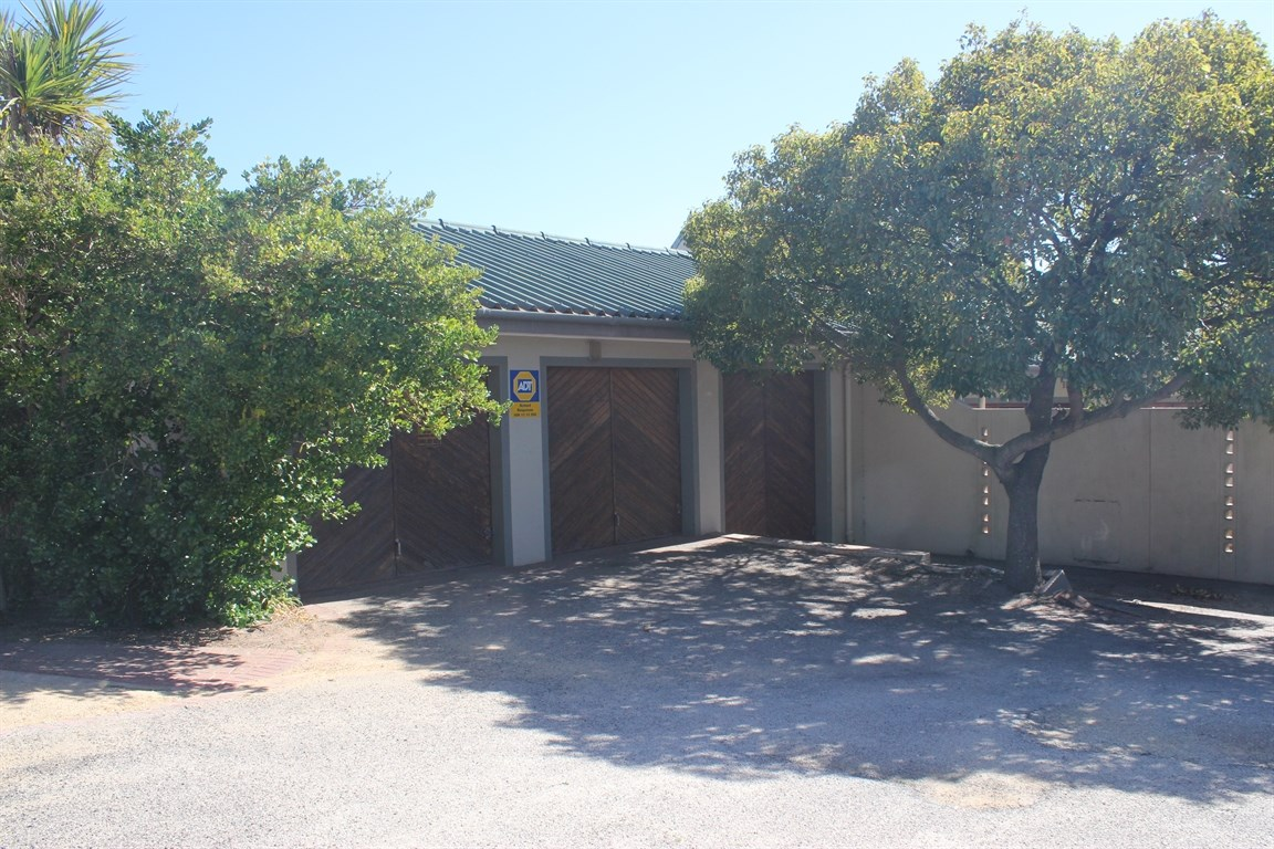 Vredenburg Central property for sale. Ref No: 12734759. Picture no 33