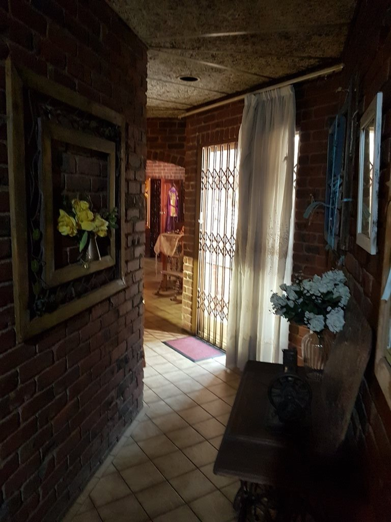 Heatherdale property for sale. Ref No: 13635556. Picture no 54