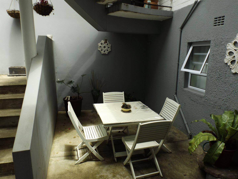 Bonnie Doone property for sale. Ref No: 13576132. Picture no 35
