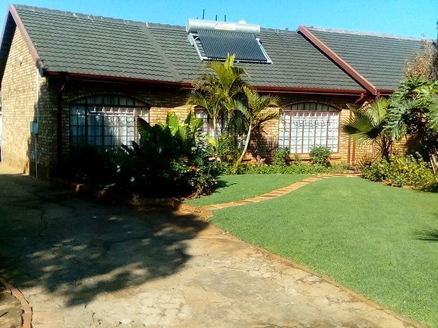 Pretoria, Karenpark Property  | Houses For Sale Karenpark, Karenpark, House 3 bedrooms property for sale Price:1,500,000