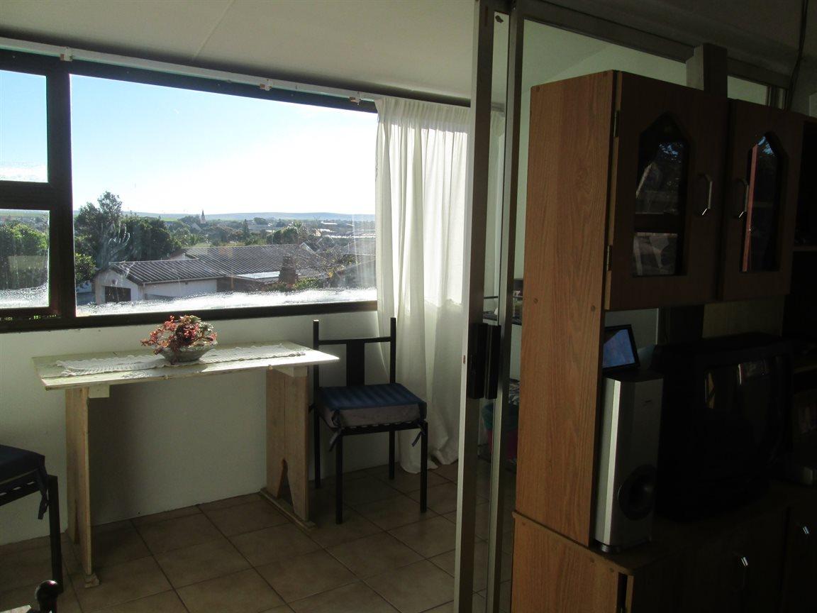 Vredenburg property for sale. Ref No: 13353056. Picture no 11